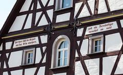 Frankenland - Herzogenaurach (Helmut44) Tags: deutschland germany bayern franken mittelfranken herzogenaurach fachwerkhaus spruch altstadt architektur framework