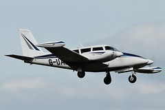 Piper PA-30 Twin Comanche B - G-UAVA landing at Oxford / London Airport . (Bob Symes) Tags:
