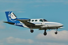 D-ISAV , Cessna 402B Businessliner returns to Oxford / London airport . (Bob Symes) Tags: