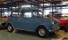 Mini Minor 850 1960 (XBXG) Tags: uh57850 mini minor 850 1960 miniminor mk1 blue bleu bva auctions anthony fokkerweg uithoorn nederland holland netherlands paysbas vintage old classic british car auto automobile voiture ancienne anglaise uk brits vehicle indoor