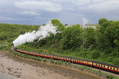 Whitby Steam Train (zeity121) Tags: northyorkshire whitby coast seaside steamtrain steam railway heritagerailway nymr