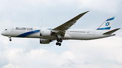 El Al Boeing 787-9 4X-EDE (StephenG88) Tags: heathrow lhr egll 27r londonheathrowairport 9l 9r 27l airbus ely boeing ly elal 789 787 myrtleavenue dreamliner 20519 elalisraelairlines 7879 renaissanceheathrow 4xede may20th2019
