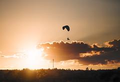 Летающий человек (Ilya Arte) Tags: landscape sundown закат пейзаж 200mm 200mmf2