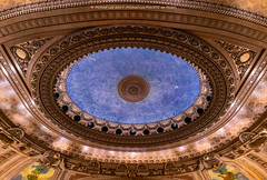 Chicago Theater (20190525-DSC08133-Edit) (Michael.Lee.Pics.NYC) Tags: chicago chicagotheater ceiling symmetry architecture tour sony a7rm2 voigtlanderheliar15mmf45
