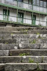 Escalones & balcones (Guillermo Relaño) Tags: miera cantabria españa spain sony a7 a7m3 a7iii alpha alfa ilce vallespasiegos guillermorelaño escalera stair escalon escalones balcon