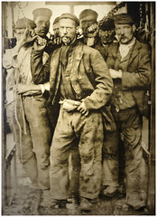 Miners Blue Fly Pit Wednesbury c 1890 (Pitheadgear) Tags: miners mining pit pits coalmining coalindustry coalminers coal wednesbury blueflypit socialhistory westmidlands blackcountrymuseum mineworkers