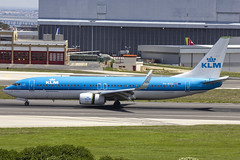 PH-BCD | KLM Royal Dutch Airlines | Boeing B737-8K2(WL) | CN 42149 | Built 2013 | LIS/LPPT 03/05/2018 (Mick Planespotter) Tags: aircraft airport 2018 lis portela delgado humbertodelgado humberto nik sharpenerpro3 b737 phbcd klm royal dutch airlines boeing b7378k2wl 42149 2013 lppt 03052018