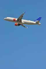 'SK56Y' (SK0526) LHR-ARN (A380spotter) Tags: takeoff departure climb climbout airbus a320 200n a320neo™ newengineoption cfminternational cfmi leap leap1a leap1a26 turbofan engine powerplant sharklets™ sharklets sharklet™ sharklet wingtipdevices wingtipdevice winglets winglet eisib ellisivviking sasscandinavianairlinesirelandltd szs sasscandinavianairlines sas sk sk56y sk0526 lhrarn runway27l 27l london heathrow egll lhr