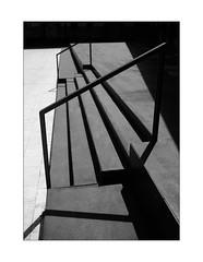 03 [titre des lignes] (Armin Fuchs) Tags: arminfuchs lavillelaplusdangereuse würzburg anonymousvisitor thomaslistl wolfiwolf kidogo kidogokidogo stripes lines light shadows diagonal stairway stairs geometric