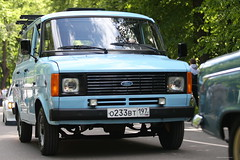 BO0O6067 (pataparat) Tags: canon1dx magicdrainpipe 80200l ford fordtransit van minibus microbus микроавтобус vehicle car road ретрофест сокольники moscow moscú moskau μόσχα автоэкзотика classiccar oldtimer
