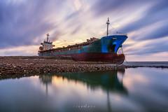 後厝港擱淺貨輪 (威爾 劉) Tags: 桃園 後厝港 貨輪 夕陽 海 sea ship