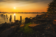 Seaside-Park-Bridgeport-CT-USA_05312019-23 (LBSimmsPhotography) Tags: golden sunset view background beach colorful connecticut culture horizonoverwater landscape natural nature ngc northamerica outdoor scenic serene sky spring travel vibrant water