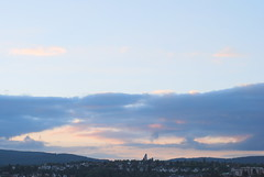 Der Herzog unsrer Seligkeit (amras_de) Tags: abendhimmel wiesbaden dotzheim kohlheck abend vespre vecer aften evening vespero ilta vespere sera vesper vakaras avond kveld seara forenicht kväll aksam himmel nebo cel obloha sky cielo zeru taivas ciel spéir ég himinn dangus debesis hemelgewelf cèu niebo céu cer celu lift gökyüzü