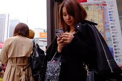 Shinjuku, Tokyo 201903 (hobotei) Tags: city people urban woman girl lady tokyo shinjuku streetphotography 東京 新宿 streetsnap ストリートスナップ 路上スナップ fujifilm x100t
