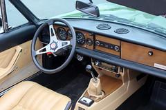 1980 Fiat 124 Spider 2000 USA Pininfarina (Davydutchy) Tags: boxtel noordbrabant nederland netherlands niederlande paysbas holland emw elk merk waardig lustrum jubilee auto automobiel automobile car voiture vehicle bil avto youngtimer show classicpark fiat 124 spider 2000 pininfarina cabriolet cabrio convertible italy italian dashboard steer steering wheel stuur lenkrad volant may 2019