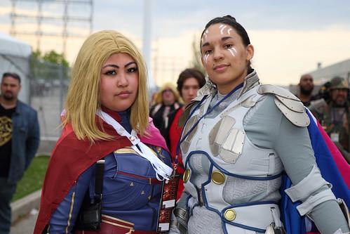 Captain Marvel and Valkyrie - Marvel (2)