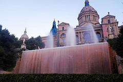 Al Palau Nacional de Montjuïc (Fnikos) Tags: sky building tower architecture construction palace ciel cielo palau montjuic montjuïc palacio sculpture naturaleza plant color colour tree art nature water fountain colors statue wall garden outside waterfall agua colours outdoor natur fuente natura colores font acqua giardino jardín cascada jardí longexposure