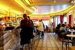PARIS - AU CAFÉ D'AMÉLIE (Maikel L.) Tags: europa europe frankreich france francia paris montmartre ruelepic amélie café restaurant artdeco interieur design theke bar améliepoulain cafédes2moulins cafédesdeuxmoulins 2moulins