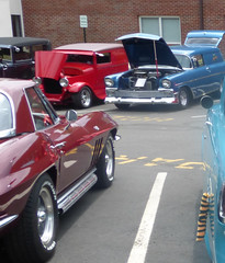 1965 Corvette (w/ hardtop) with 1956 Chevrolet Sedan Delivery & 1929 Ford Sedan Delivery (R36 Coach) Tags: chevrolet corvette chevroletcorvette stingray corvettestingray 1965 chevroletsedandelivery sedandelivery 1956