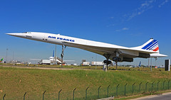 Aérospatiale / BAC Concorde  n° 215  ~ F-BVFF (Aero.passion DBC-1) Tags: spotting cdg 2013 dbc1 david biscove aeropassion avion aircraft aviation plane airport airlines airliner roissy aérospatiale bac concorde ~ fbvff