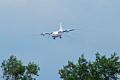 An-12 approach (gooneybird29) Tags: flugzeug flughafen aircraft airport airplane airline muc antonov an12 ukraineairalliance urcgw