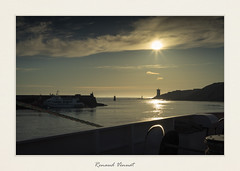 Le port du Conquet (Sivispacem...) Tags: ocean sunset sea mer color port de soleil boat sony coucher bretagne breizh le bateau britany atlantique finistere conquet zeiss 50mm a7ii loxia sonyalpha zeisscameralens loxia250
