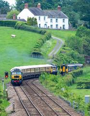 152/365 (Charlie Little) Tags: carlisle cumbria train railways locomotive deisel duff class47 nikon d7200 tamron18400mm p365 project365