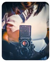 1980'S (J.Vergès Photography) Tags: rolleiflex 80mmf28 planar 1980s color frame retro film girl portrait analogue