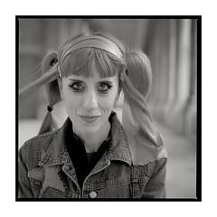 Raf Mantelli (pete*t) Tags: london portrait hasselblad503cx 120f4 makroplanar cft delta400 ilford xtol11 rafmantelli musician