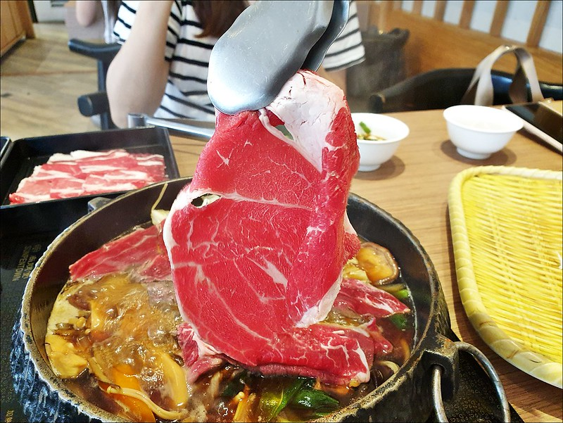 牛比蔥壽喜燒吃到飽