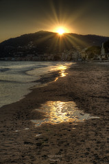 Green Sunset (Luca Enrico Photography) Tags: sunset liguria alassio tramonto riflessi reflexions landscape d750 nikon