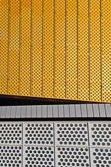 D090319-06803.jpg (vettes.f) Tags: allemagne thème abstraction couleur lieux jaune bâtiment berlin