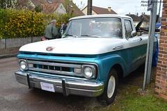 Ford F100 (Monde-Auto Passion Photos) Tags: voiture vehicule automobile auto ford f100 pickup bleu blue blanc white bicolore ancienne classique rare rareté rassemblement france courtenay