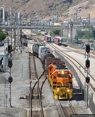 Snaking Through C784 (jamesbelmont) Tags: utahrailway emd gp383 rut311 train railroad railway locomotive unionpacific riogrande drgw northtemple c784 saltlakesubdivision