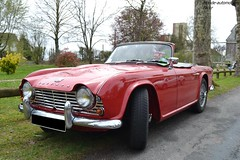 Triumph TR4 (Monde-Auto Passion Photos) Tags: voiture vehicule auto automobile triumph tr4 cabriolet convertible roadster spider red rouge ancienne classique collection rassemblement france courtenay