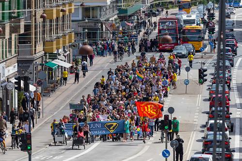 Hvor er der en voksen - Demonstration for Minimumsnormeringer i daginstitutionerne
