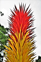 Scarlet & Yellow Icicle Tower (stavioni) Tags: scarlet yellow icicle tower steel dale chihuly glass blown sculpture art kew gardens
