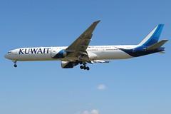 9K-AOJ Heathrow 24 May 2019 (ACW367) Tags: 9kaoj boeing 777300er kuwaitairways heathrow