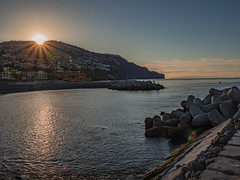 Good Morning, Funchal (Ian M Bentley) Tags: city portugal europe wideangle olympus madeira funchal omd zuikolens 12200mm em1ii zuiko12200mm 24400mm olympus12200mm zuiko12200 ocean morning sky urban terrain sun sunlight mountains colour beach colors beautiful clouds sunrise landscape rising dawn daylight spring scenery colours harbour outdoor scenic may bluesky hills telephoto rays volcanic atlanticocean starburst daybreak morningsun zoomlens dwellings megazoom desertas desertasislands atlanticisland archipelagoisland island