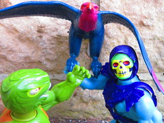 Masters of the Universe (the_gonz) Tags: mastersoftheuniverse heman vintage 80s actionfigure toy mattel skeletor screech screeech kobrakhan toys 80sactionfigure