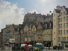 Snapshots of Edinburgh (2019) #9 (jimsawthat) Tags: architecture architecturaldetails enhanced edinburghcastle urban uk unitedkingdom grassmarket scotland edinburgh