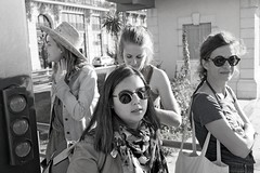 Dans l' œil du piéton (2019) (Gérard Barré) Tags: shot soul soulstreet streetshoot decisive moment porno street portrait scene girl boy photographie sex porn faces creatives camera eye lens montpellier france city candid people gens rue