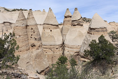 New Mexico - Kasha-Katuwe Tent Rocks National Monument (Michael.Kemper) Tags: walking walk voyage new travel vacation usa southwest travelling monument america de mexico us rocks hiking united urlaub von tent hike national american hoodoo states nm amerika wandern sangre hoodoos reise wanderung kashakatuwe amerikanischer randonnée kasha staaten katuwe randonnee vereinigte südwesten mountain mountains berg rock berge fels christo felsen jemez 6 canon eos is d 4 f l 16 usm 35 ef f4 6d 1635