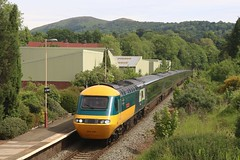 The Famous Final Scene (Malvern Firebrand) Tags: 43002 intercity hst sir kenneth grange designer 43198 fgw gwr station colwall herefordshire retro powercars 125 43xxx class43 hills malvernhills farewell tour 0737 paddington carmarthen 2019 scenic scenery rural landscape countryside 1z23 flyingbanana passenger transport vehicles railways greatwestern trains railroad 253 253001