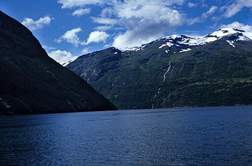 "Norwegen 1998 (337) Gjerdefossen, Geirangerfjord • <a style=""font-size:0.8em;"" href=""http://www.flickr.com/photos/69570948@N04/47986626908/"" target=""_blank"">View on Flickr</a>"