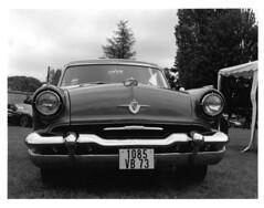 Ford Lincoln Capri 1957 (ludob2011) Tags: lincoln ford capri car transport retro american américaine tmax xtol ilford collection bronica vintage etrs zenza zenzanon kodak film ishootfilm bwfp
