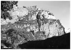 Froburg-0001ba (r_walther) Tags: grossformat monochrom schwarzweiss sinar testplanfilmkssetten 100asa fomapan100 rodinal1508minrotation burg froburg frohburg rodinal1506minrotation ruine txrbluexray hauenstein kantonsolothurn schweiz
