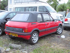 Peugeot 205 CTi G701SAU (Andrew 2.8i) Tags: carspotting spotting street car cars streetspotting united kingdom wales classic classics uk road spot french open cabriolet convertible gt gti cti 205 peugeot