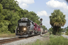 A New Era (Colin Dell) Tags: train liveoak fga floridagulfatlantic railway signal bowlingball sd40 trilight furx leaser fgar raiulroad furx8169 emd sub tallahassee panhandle subdivision