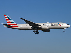 American Airlines | Boeing 777-223(ER) | N762AN (Bradley's Aviation Photography) Tags: egll lhr london londonheathrowairport heathrow heathrowairport londonheathrow aviation avgeek aviationphotography canon70d americanairlines boeing777223er n762an b772 777